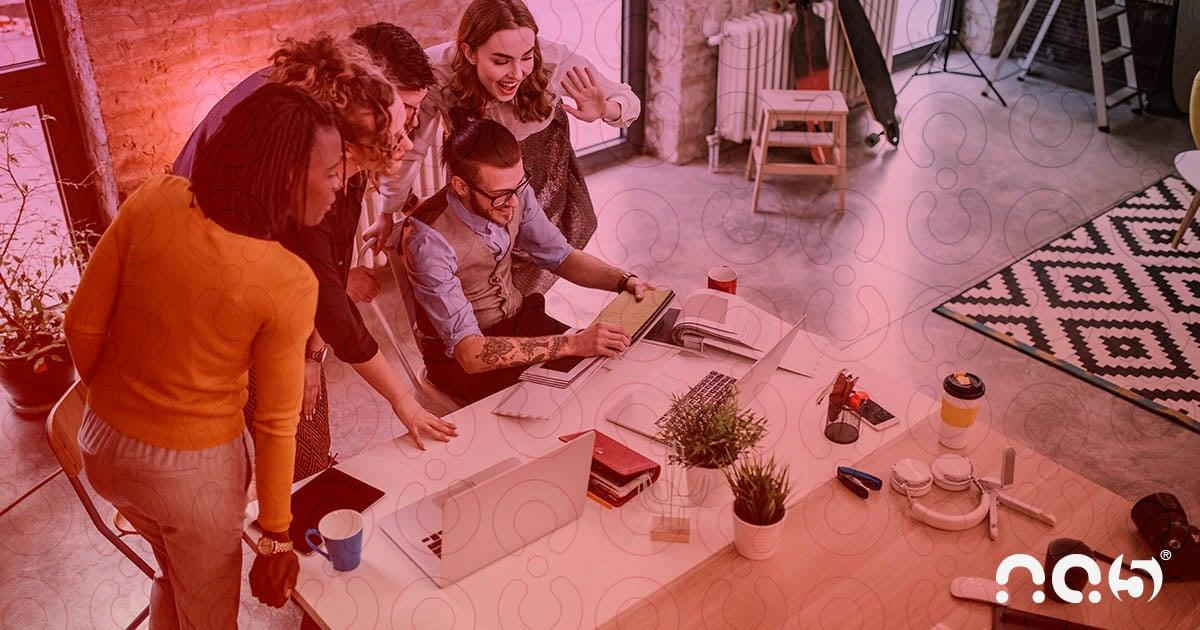 Crie estratégias de comunicação envolventes para atrair e manter o relacionamento