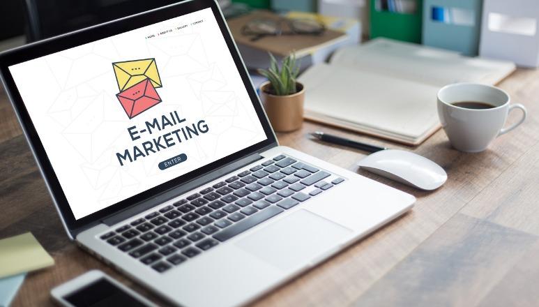 Lançamento da ferramenta de email marketing noHubSpot Marketing Starter