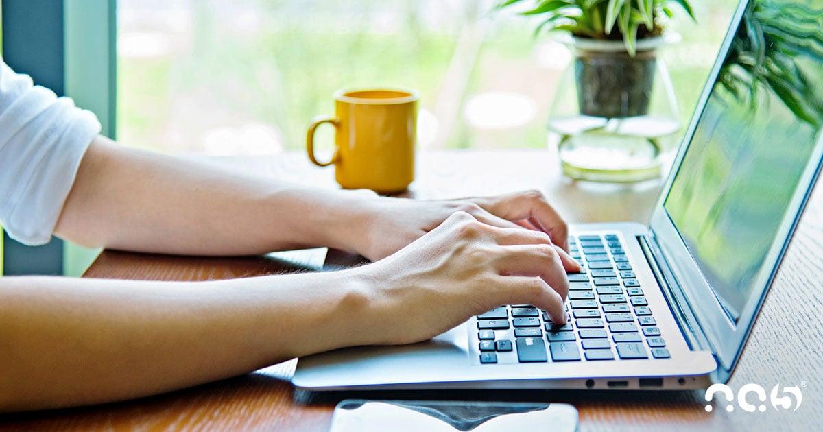 Organize e mantenha consistência em sua comunicação com o Conversations da HubSpot